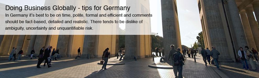Brandenburger Tor im Gegenlicht 02